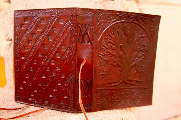 Sacred Oak Tree Journal